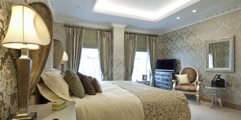 West Penthouse show apartment – master bedroom featuring luxurious en-suite and walk-in dressing room.